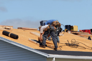 men-roofing